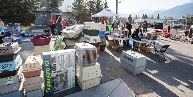 Garage Sale April 28, 2018 IMG_7209.jpg